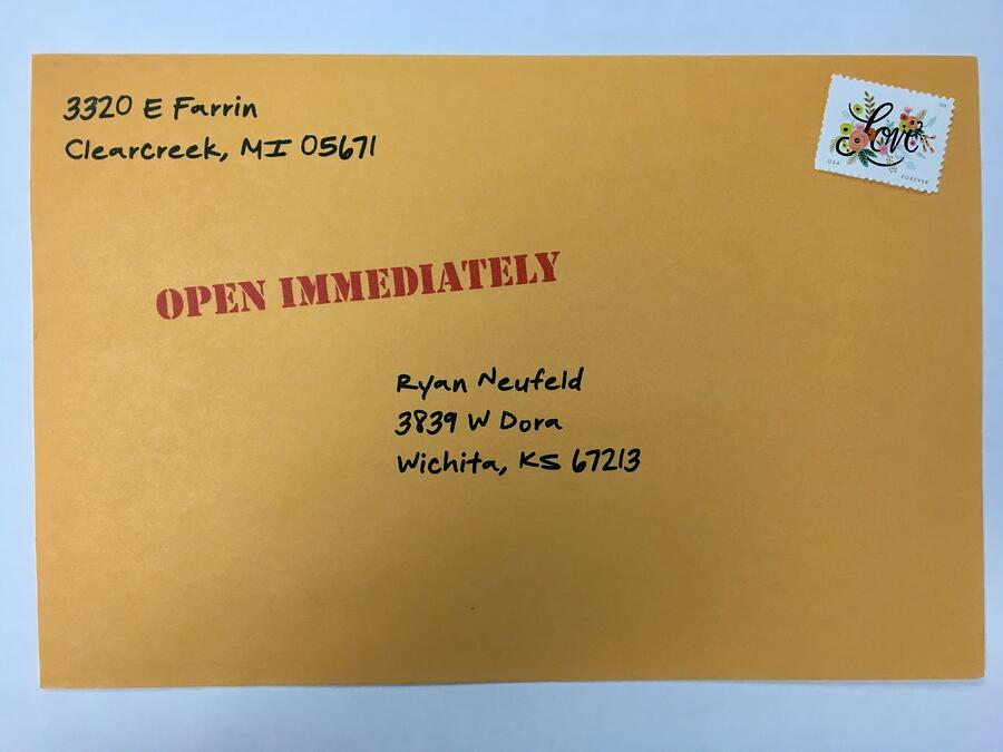teaser-copy-on-envelope